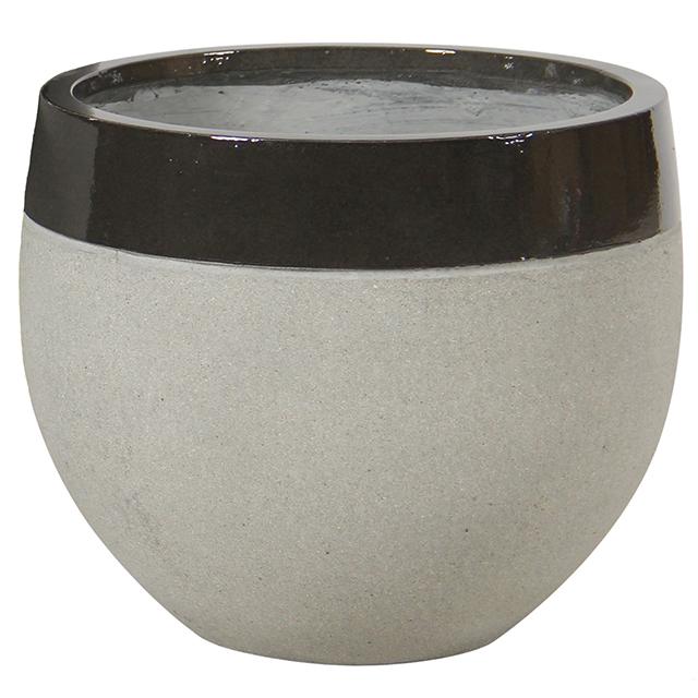 17097_potte_edge varmsort_cement35cm
