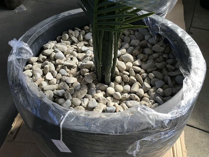 potte kunstige planter utendørs
